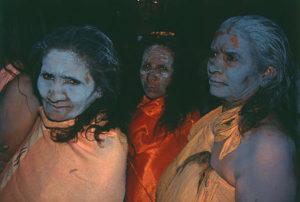 140 Indyjskie kobiety sadhu (sadhvi)
